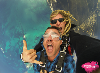 Deluxe Video & Photo package Capture your skydive experience